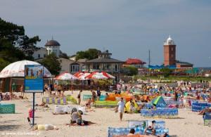 Darłówko plaża i latarnia morska
